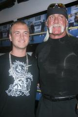Nick & Hulk Hogan Taking Care of John Graziano Family