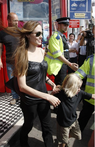 Angelina Jolie and the kids shop in London.